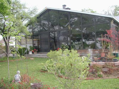 Landscaping Do's and Don'ts for Your Sunroom