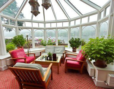 The Difference Between a Solarium and a Sunroom